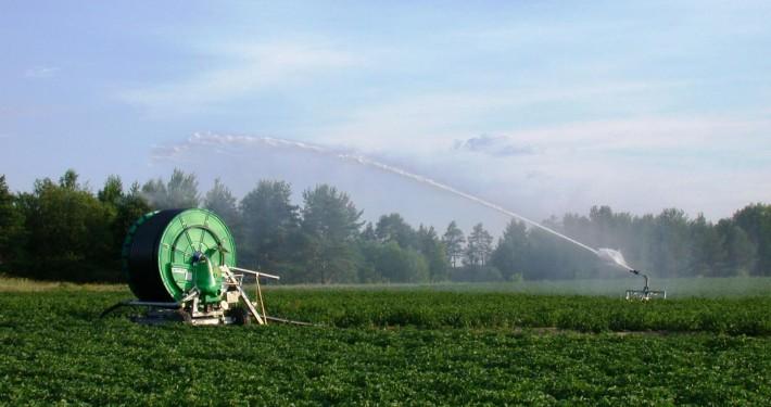 Swedish_mobile_irrigation_equipment_001
